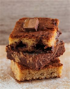 Crazy Monkey Blondie and Brownie Combo Box