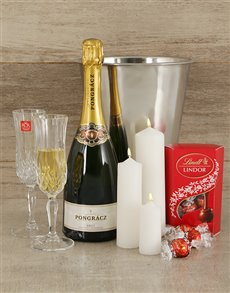 Engagement - Hampers and Gifts: Romantic Rendezvous!