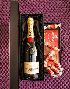 Engagement - Hampers and Gifts: Moet and Chocolate Box!